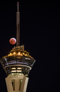 Lunar eclipse in Las Vegas with stratosphere. Flickr: tslclick