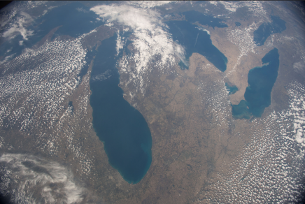 "(05/02/2015) --- This image of the American upper Midwest and parts of Canada was captured by NASA astronaut Terry Virts on the International Space Station on May 2, 2015. Virts made this comment with the tweet: ""It's great to see the #GreatLakes with no snow""! (Flickr: nasa2explore)"