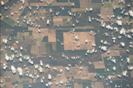 """(05/20/2015) --- Earth observation of South America from the International Space Station on May 20, 2015. NASA astronaut Terry Virts tweeted this image with the remark of: """"Farm fields in central #Brazil #SouthAmerica"""". (Flickr: nasa2explore)"""